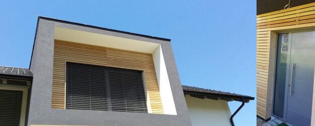 Lesena fasada okoli vrat iz sibirskega macesna